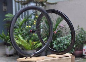 3871_Bo-Banh-Carbon-700C-Aivee-RS2-500mm-