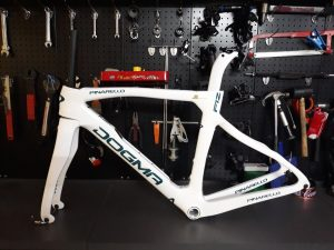 4280_Khung-Pinarello-F12-White-Blue