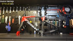4287_Khung-Pinarello-F12-Black-red