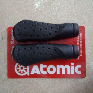 3754_Tay-nam-cao-su-Atomic(cap)