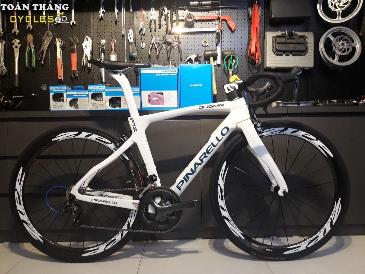 4373_Xe-dap-dua-Pinarello-4700-White